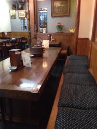 大橋屋本店の大テーブル