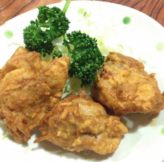 高円寺の和風食事処 赤城屋の鶏のから揚げ