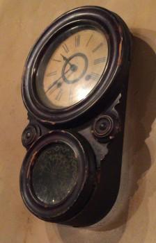 高円寺ルック商店街の喫茶店『七ツ森」の振り子時計