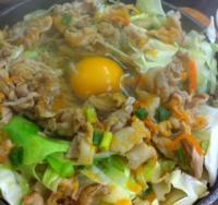 鉄板麺ウィズ生卵