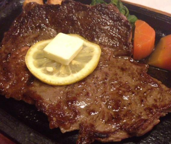 東中野一丁目の洋一亭のステーキ