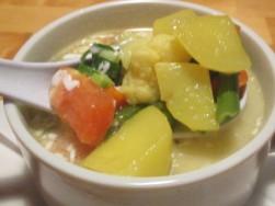 落合のインド料理店amaの野菜スープ