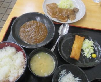 高円寺北口のキッチンポパイの特盛定食~ステーキ、春巻き、キーマカレー、シラスおろし