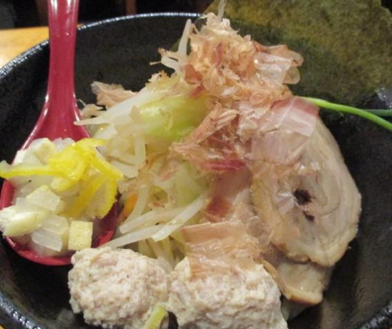 東中野5丁目「つけ麺 しろぼし」の醤油炊き しろぼし つけめん
