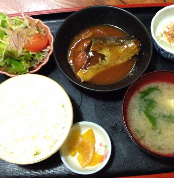 高円寺の和風食事処 赤城屋のサバ味噌定食