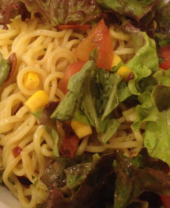 東中野4丁目の燿の和伊麺の野菜