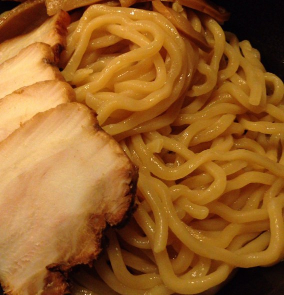 上高田・名越のつけ麺のノーマル麵