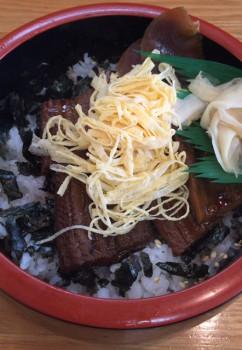 中野駅北口ふれあいロードの榮寿司の穴子丼