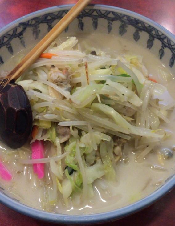 北新宿百人町交差点そばの中華料理まるしんのちゃんぽん