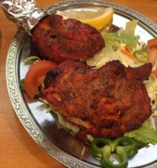 阿佐ヶ谷駅北口のインド料理「バンダり」のチキン料理